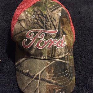Accessories - Ford Hat💕